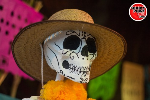 011-05-altares-26 Día de Muertos en Puerto Peñasco