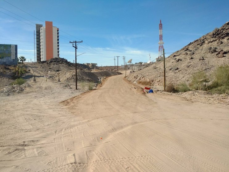 cerro-ballena2 Sights set on improving road up Whale Hill