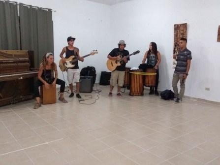musicos-evento-rifa-de-pinturas-FuerzaMexico