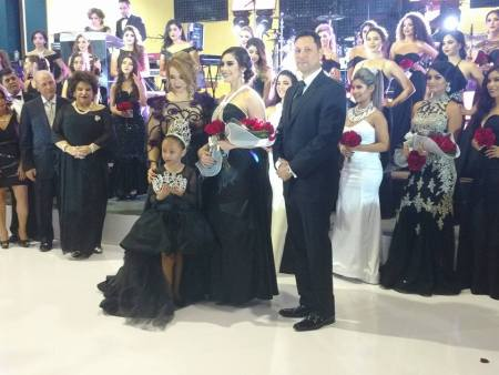 b-w-baile2 Black & White Ball reaffirms commitment to education