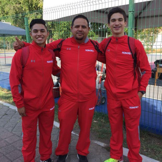penasco-medals4-2018 Puerto Peñasco athletes bring home weightlifting / track & field medals