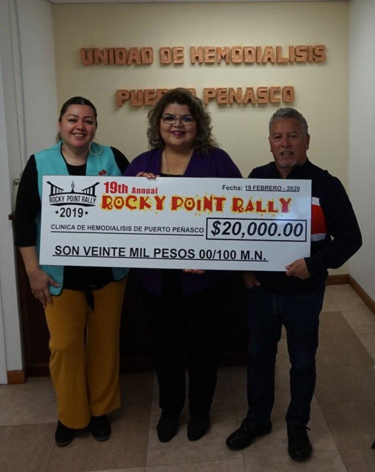 3-955x1200 19° Rocky Point Rally presenta donación a la Unidad de Hemodiálisis en Puerto Peñasco