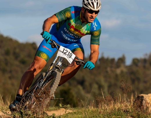 "Martin Wisata in the new Spin Cycle Clothing kit, ""Awesome material, very comfortable knicks, light - perfect for the conditions at the Crocodile Trophy!"" Photo: David Blucher/Going Downhill Photography"