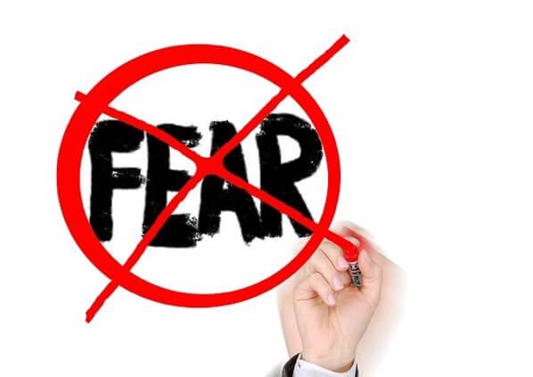 恐れを断ち切る
