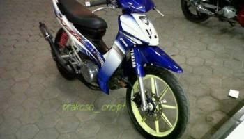 Modifikasi Yang Pernah Naik Daun Di Motor Yamaha F1zr Roda