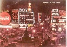 Piccadilly Circus 12