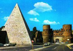Piramide van Cestius 01