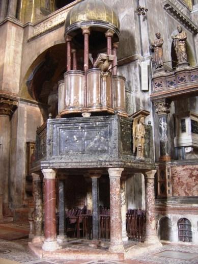 San Marcobasiliek 08