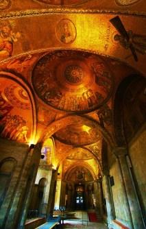 San Marcobasiliek 16