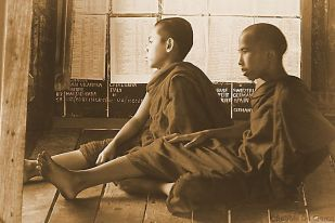Shwe Yaungwhe Kyaung (6)