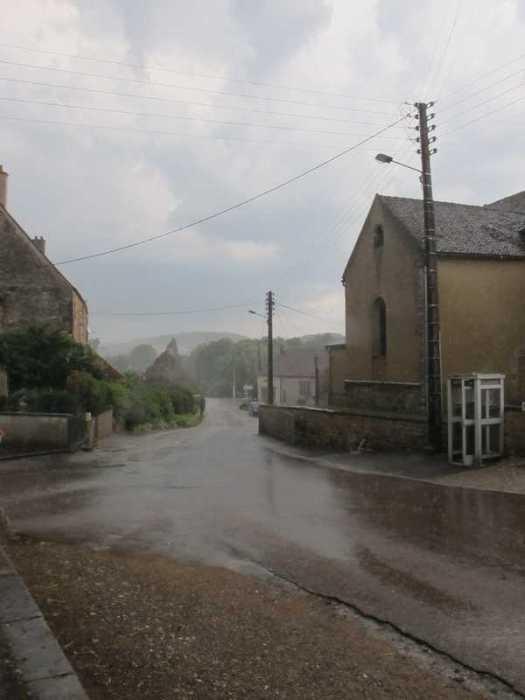 summer-rainstorm001