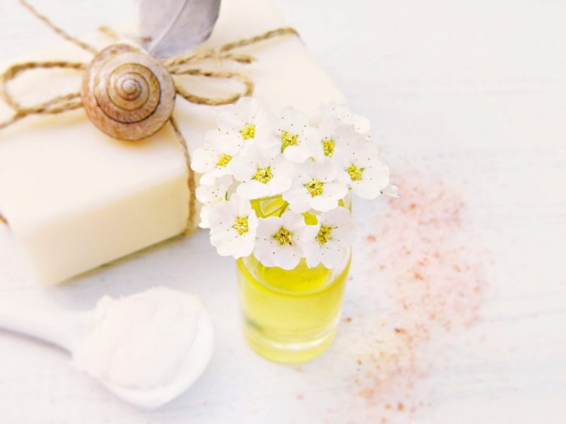 Soap Flowers Oil Coconut Oil Salt - silviarita / Pixabay