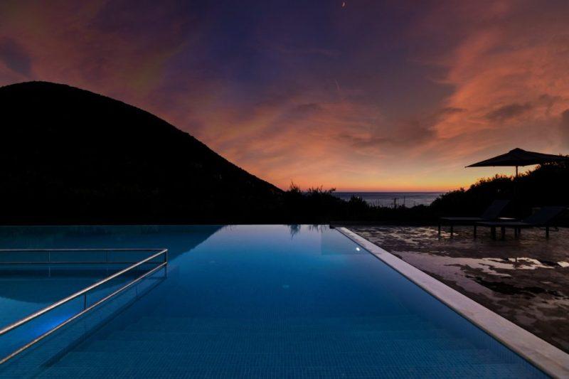 Pool Summer Greece Water  - Photos_kast / Pixabay