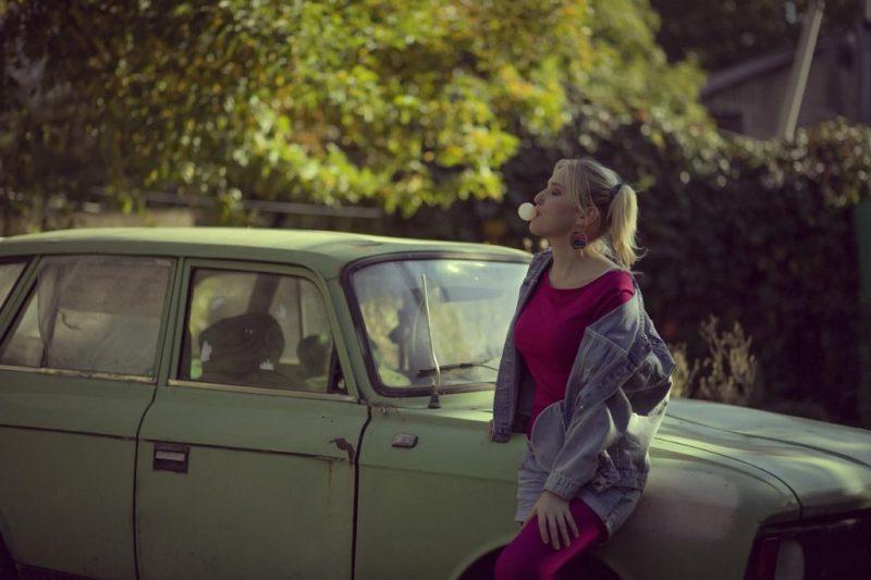 Woman Blonde Car Old Car  - ekaterinapozilyh580 / Pixabay