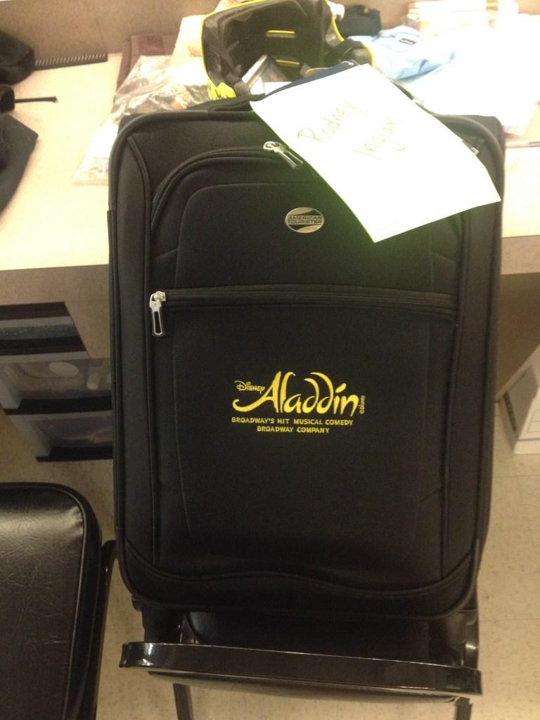 aladdin-luggage-american-tourister