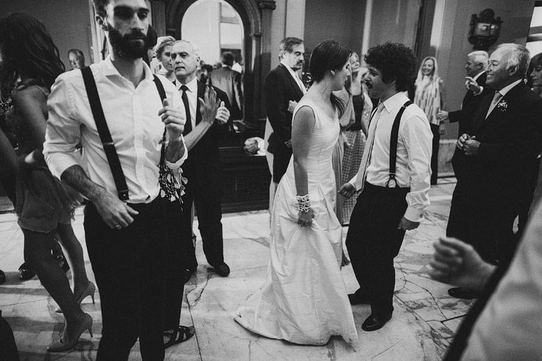 foto de casamiento en blanco y negro