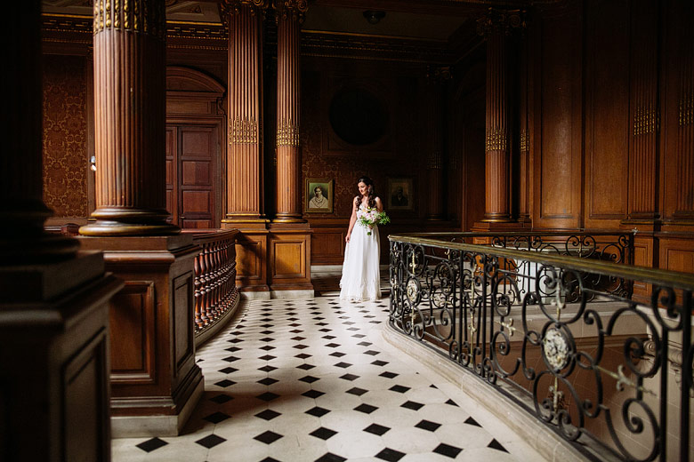 retratos espontaneos de novia en casamiento en palacio sans souci
