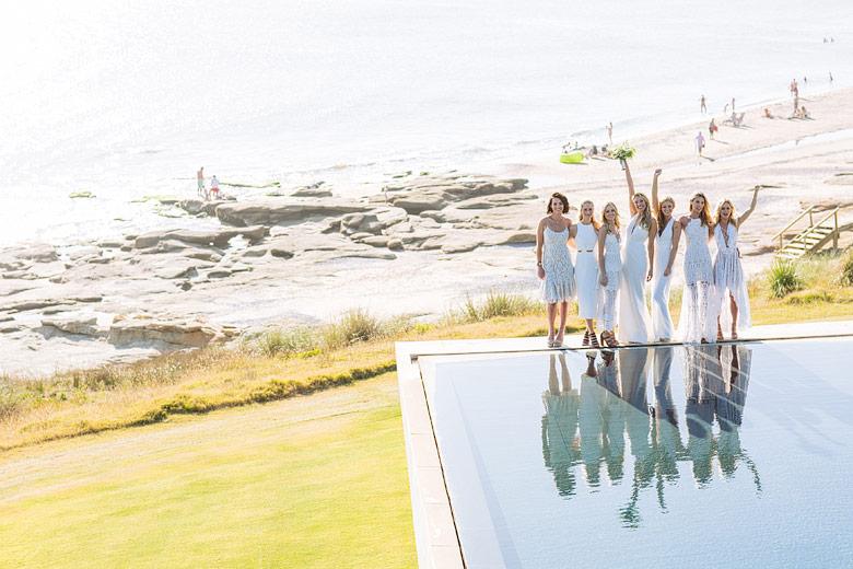 bride with bridemaids uruguay