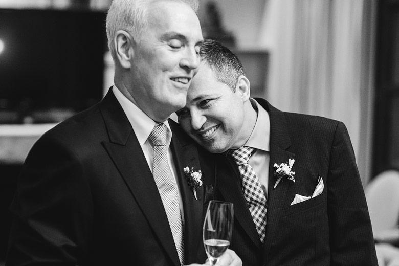 tender wedding pics