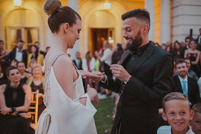 ceremonia descontracturada casamiento