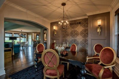 Lancaster EX dining room with wallpaper