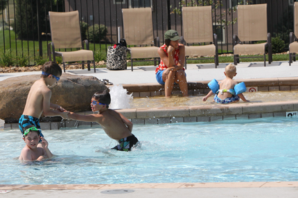Kids playing in the Summerwood pool