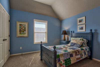 Weston III secondary bedroom with blue walls