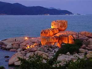 Каменный сад Хон Чонг в Нячанге