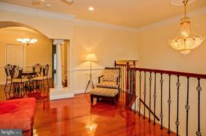 Move-in Ready Meticulously Well Maintained 140A WILMINGTON PLACE SE