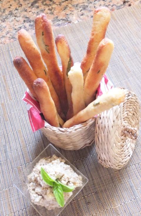 rosemary breadsticks portrait (Small)