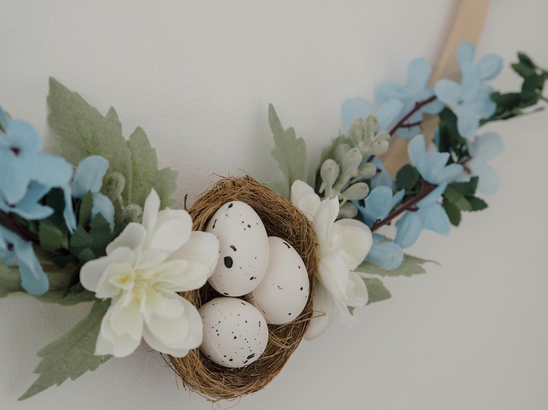 6 pomysłów na wianek Wielkanocny DIY- na drzwi, na kominek, na ściany…
