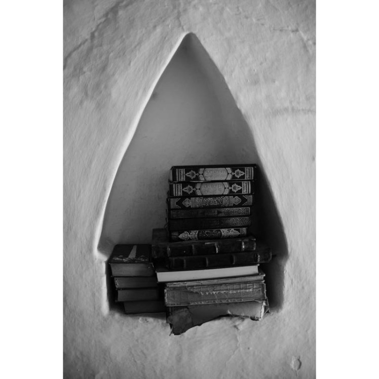 Tarimi Book Shelf