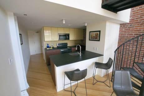 Manhattan-II-kitchen