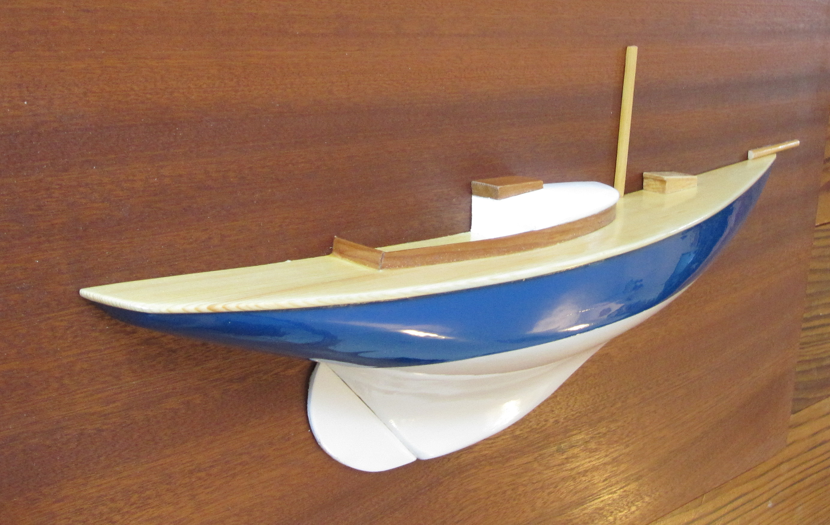 Half Hull Of Dublin Bay 21 Finished Wooden Boat