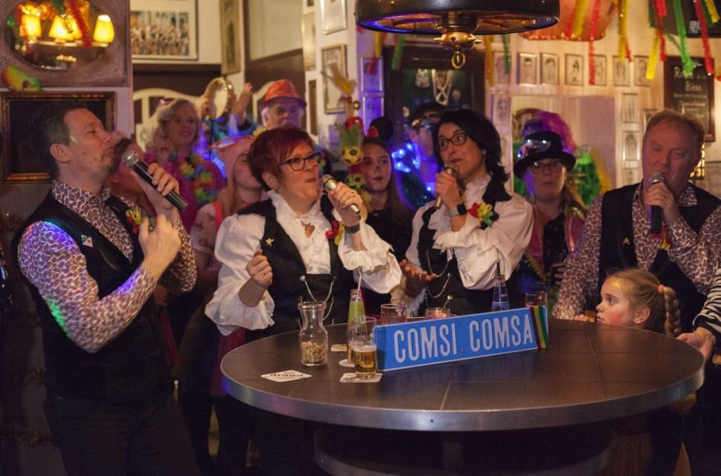 Carnaval in Limburg Comsi Comsa