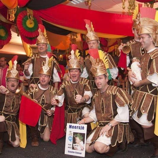 Carnaval in Limburg 't Maog geine naam höbbe