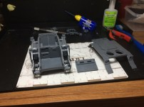 Left the top armor and the front plat off to be able to paint the inside as well. The front is not so exciting...