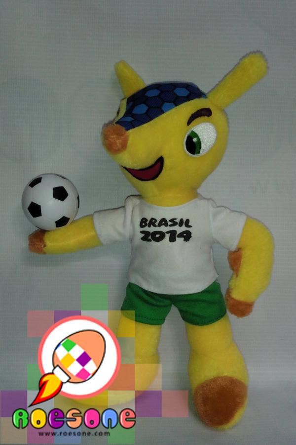 Souvenir Paling Diburu Fans Sepakbola di Dunia Maskot Piala Dunia 2014 FULECO