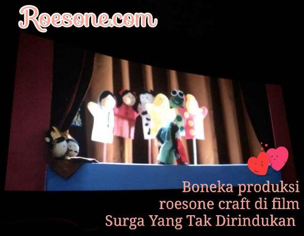 Boneka Produksi Roesone Di Film Surga Yang Tak Dirindukan