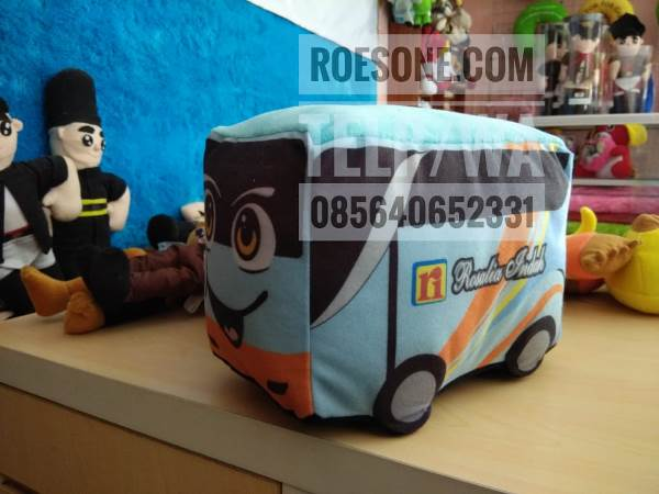 Pembuatan Boneka Maskot Promosi Bus Transportasi Darat