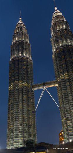 Petrona_Twin_Towers