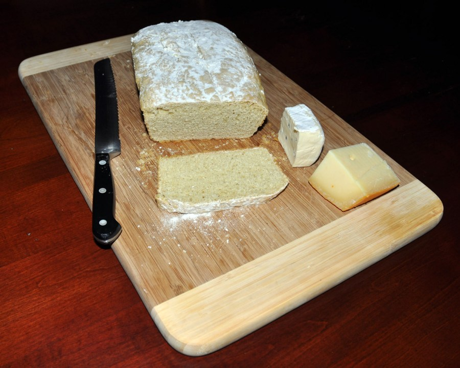 Einkorn bread and cheese