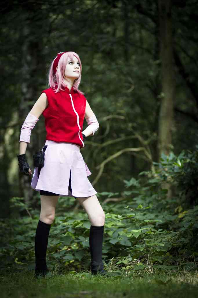 Sakura from Naruto, one of the most recognized Anime characters of all time. A great first option for an easy cosplay. Stefan Schubert [CC BY 2.0 (https://creativecommons.org/licenses/by/2.0)]