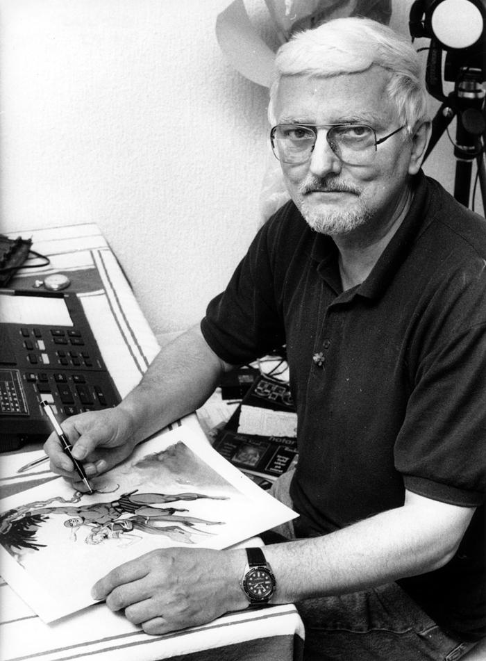 Rolf Gohs vid ritbordet.