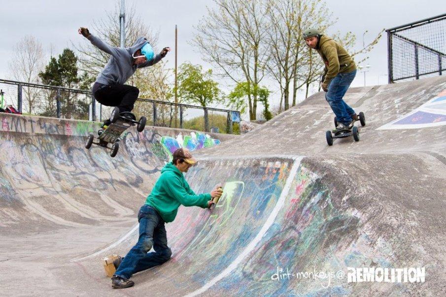 Mountainboarding at Livingston Skatepark