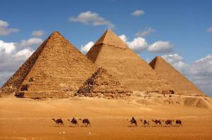 private-tour-giza-pyramids-sphinx-egyptian-museum-khan-el-khalili-in-cairo-124898