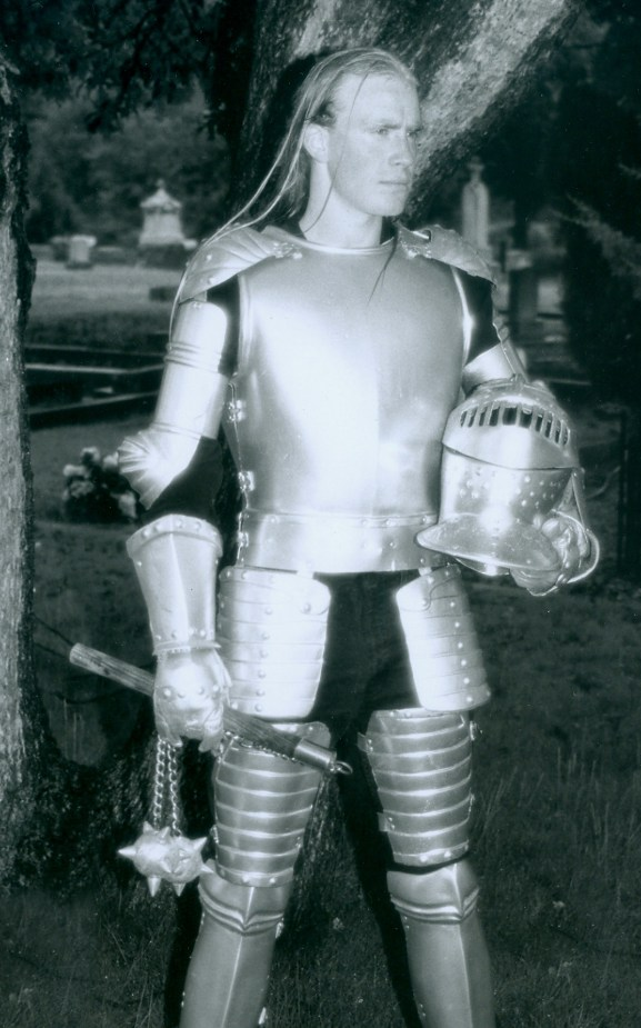 One of the very first products to come off the Rogue Planet production line was this full suit of Vac-U-Form armor.