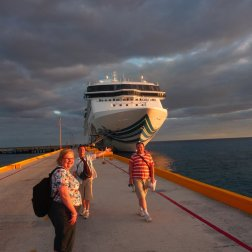 Roguetrippers cruising tips for beginners pack a go-bag.