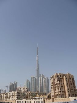 Burj Khalifa hotel and resort just under construction in Dubai.