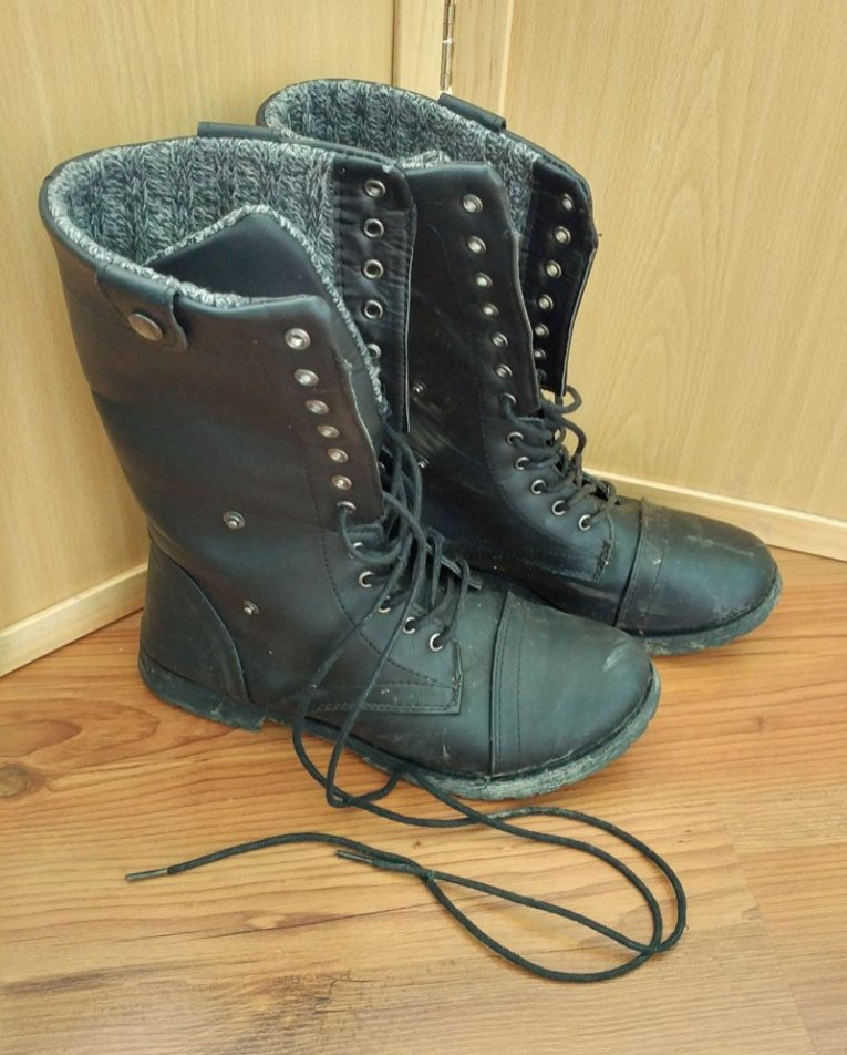 Good quality boots that are waterproof, have steel toes, and good soles to prevent injuries in potentially unsafe areas. of urban exploration
